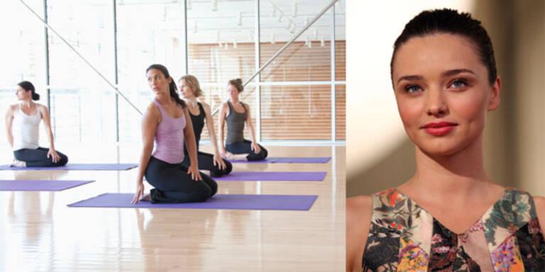 Miranda Kerr gibt Yogaklasse