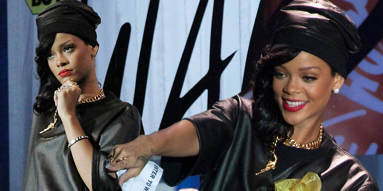 Rihanna sucht junge Mode-Designer