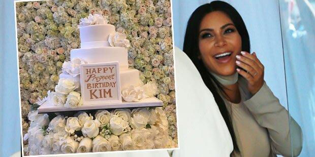 Kim verpasst Party-Gästen Babybauch