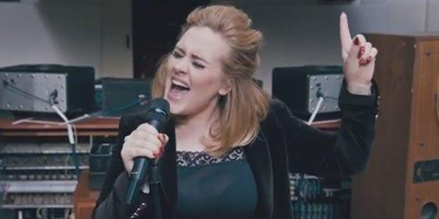 Adele holt sich beide Chartspitzen