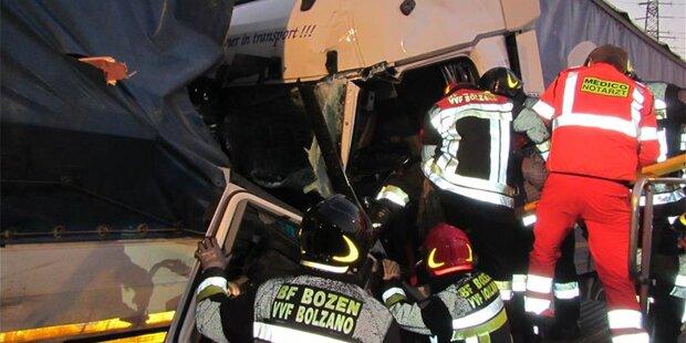 Horror-Crash mit Lkw fordert einen Toten