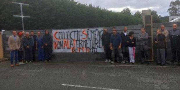 Franzosen mauern Flüchtlingsheim zu