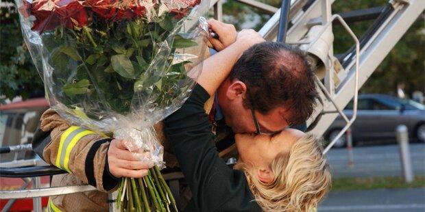 Feuerwehrchef überrascht Grazerin mit Heiratsantrag