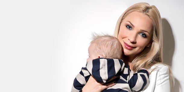 Philippa Strache zeigt ihr Baby
