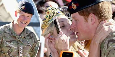 So überschwänglich wird Prinz Harry in Australien verabschiedet