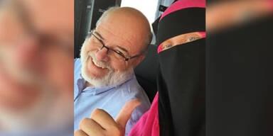 Muslima wird im Bus wüst beschimpft – So genial reagiert der Fahrer