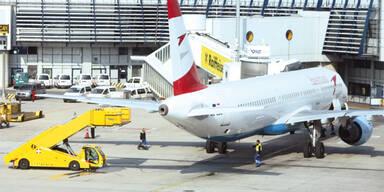 Flughafen von Flüchtlingen lahmgelegt