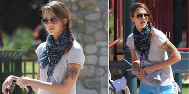 Jessica Alba zeigt sich mit Tattoo