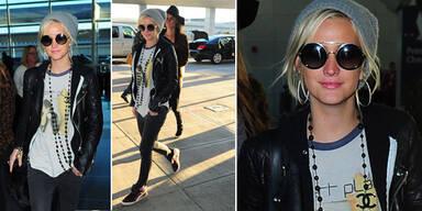 Ashlee Simpson rockt den Flughafen in NY