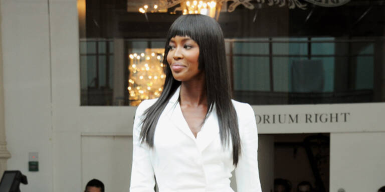 Naomi zickt wieder: Luxus-Umkleide gewünscht!