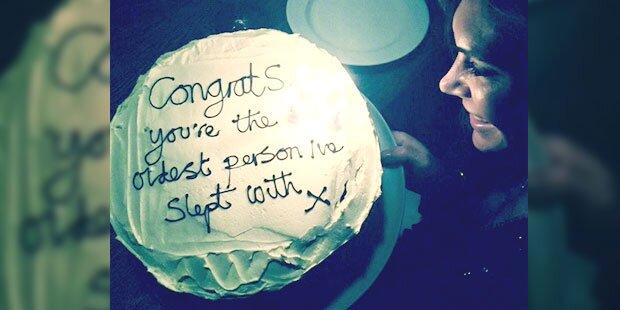 Wer gratuliert so böse zum Geburtstag?
