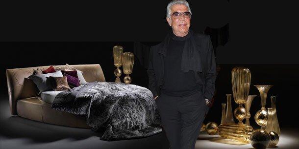 roberto cavalli zeigt in milan seine home kollektion. Black Bedroom Furniture Sets. Home Design Ideas