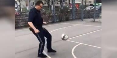 Kickender Polizist Wien