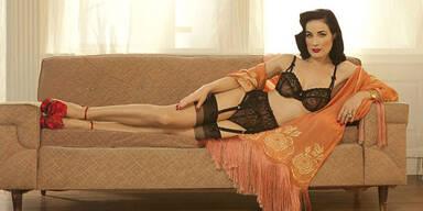 Dita von Teese zeigt neue Unterwäsche-Kollektion