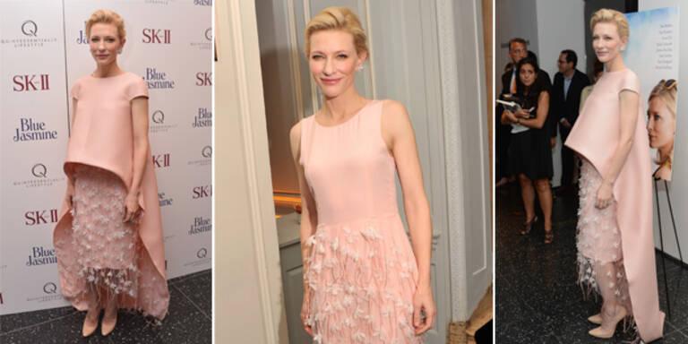 Cate Blanchett komplett in Rosa