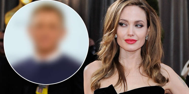 Angelina Jolie flirtet mit IHM fremd