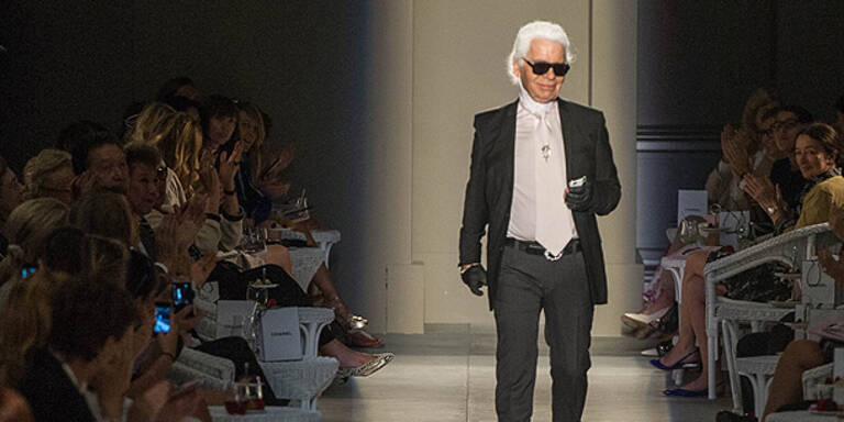 Karl Lagerfeld designt Gummi-Schuhe