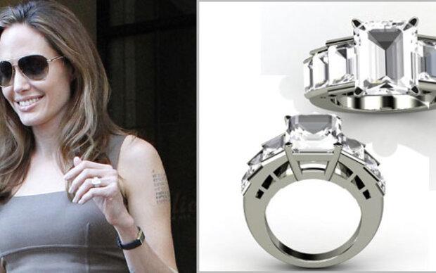 Angelinas Ring um 900 Euro online zu kaufen