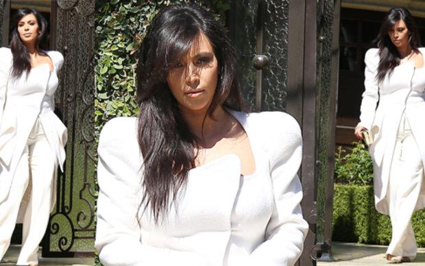 Kim Kardashian mag es überlang