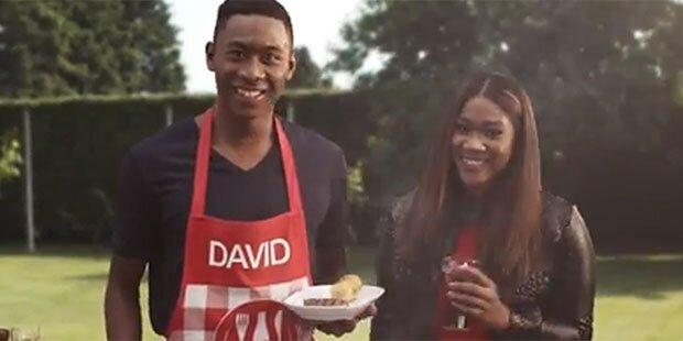 David Alaba: TV-Spot mit Schwester Rose