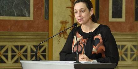 Frauenministerin drängt auf mehr Geld für Gewaltschutz
