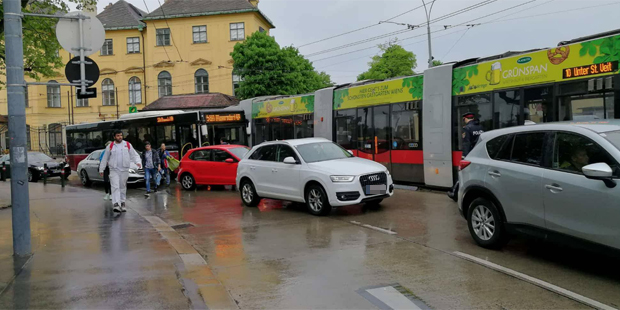 Bus Bim Hietzinger Hauptstraße