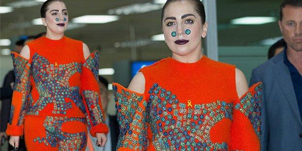 Lady Gaga: Stolz auf ihre Kurven