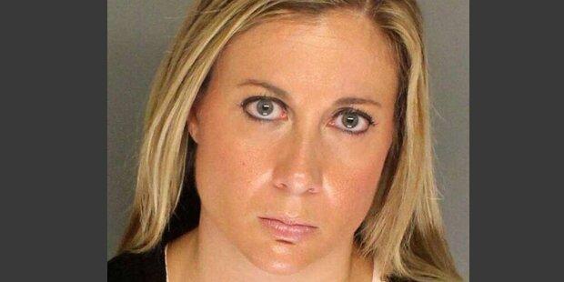 Lehrerin verführt 4 Schüler: Das ist ihre Begründung