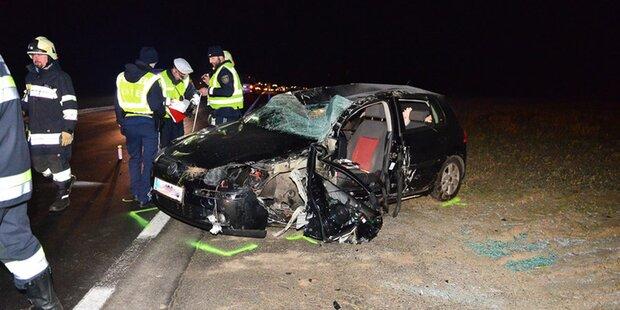 Frontal-Crash fordert 2 Schwerverletzte