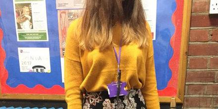 17-Jährige wird der Schule verwiesen – wegen dieses Outfits