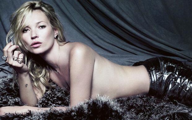 Moss: Nackt für eigene Schmuckkollektion