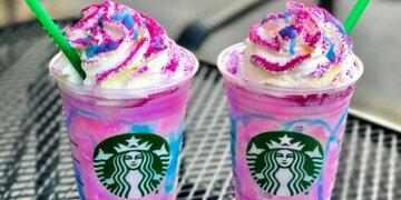 """Fans laufen Sturm : Starbucks trumpft mit """"magischem"""" Einhorn-Frappuccino auf"""