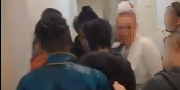 Bräutigam Minuten vor Hochzeit festgenommen