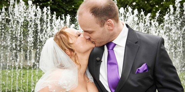 Die erste Hochzeit von zwei Fremden