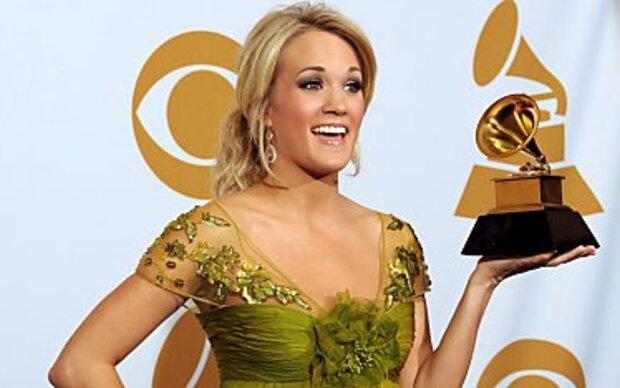 Carrie Underwood gibt deutlichen Liebesbeweis