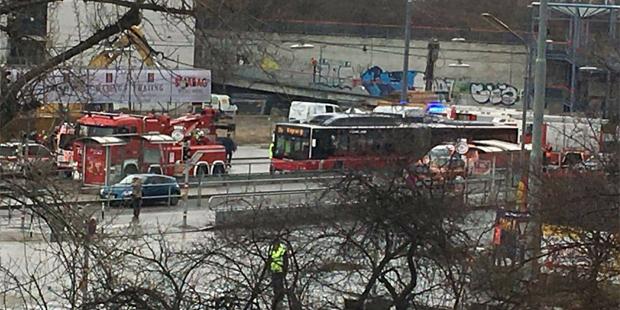 Unfall Bus LKW Polgarstraße