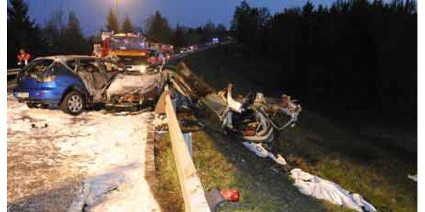 Unfalldrama: Vier Mädchen tot