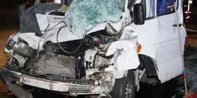 Ein Toter bei Horror-Crash auf der A1