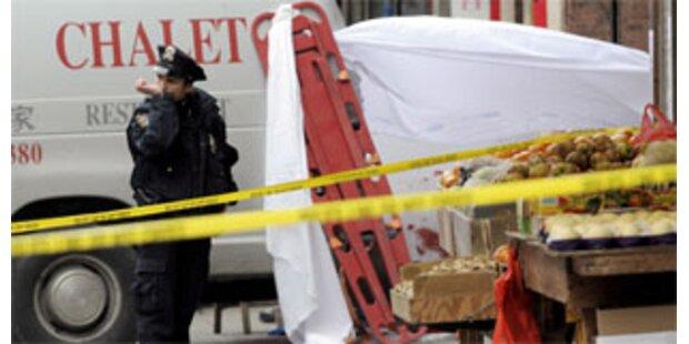 Lieferwagen raste auf Gehsteig: Zwei Kinder tot