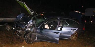 Amokfahrer rammt vier Polizisten