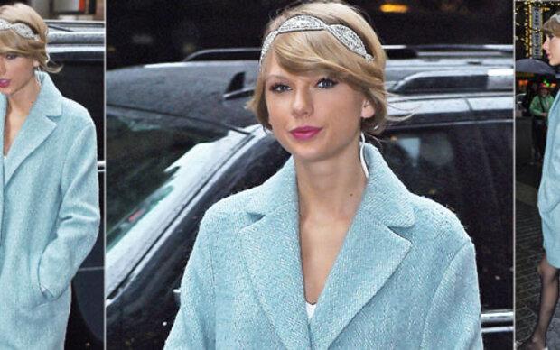 Taylor Swift in süßem Babyblau