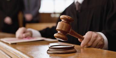 Gericht Hammer Richter Urteil