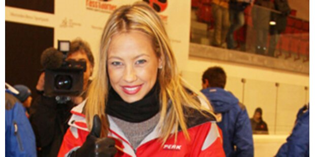 Kitz Ice Grand Prix: VIP-Go-Kart mit Sandy & Lena