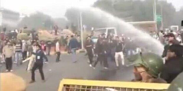 Indien: Massenproteste nach Vergewaltigung