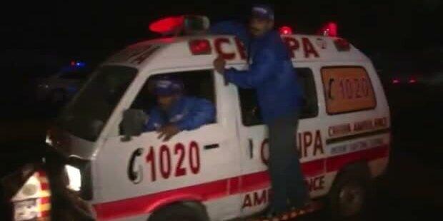 Mehr als 100 Tote bei Anschlägen in Pakistan