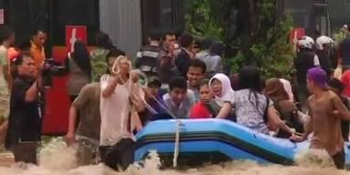Unwetter in Indonesien: Tausende auf der Flucht