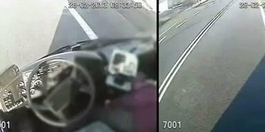 Busfahrer in Ohnmacht: Fahrgast springt ein