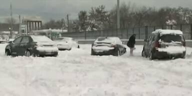 USA: Schneesturm legt Ostküste lahm