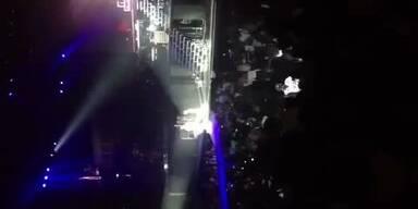 Justin Bieber fällt bei Konzert in Ohnmacht