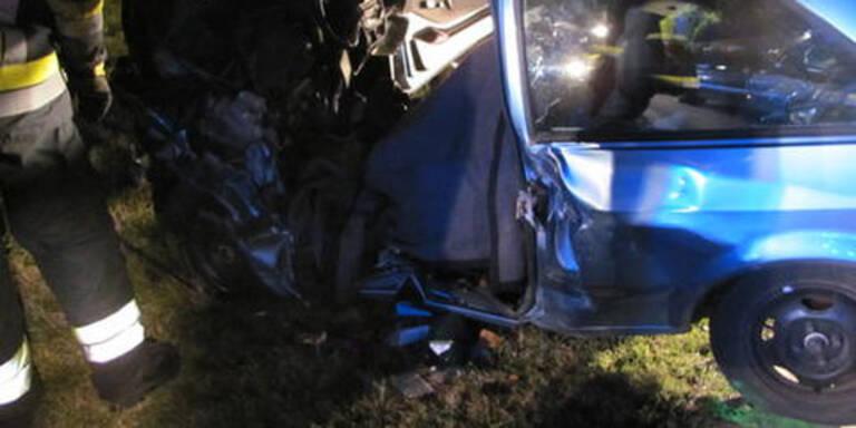 Ein Toter bei Pkw-Crash in NÖ